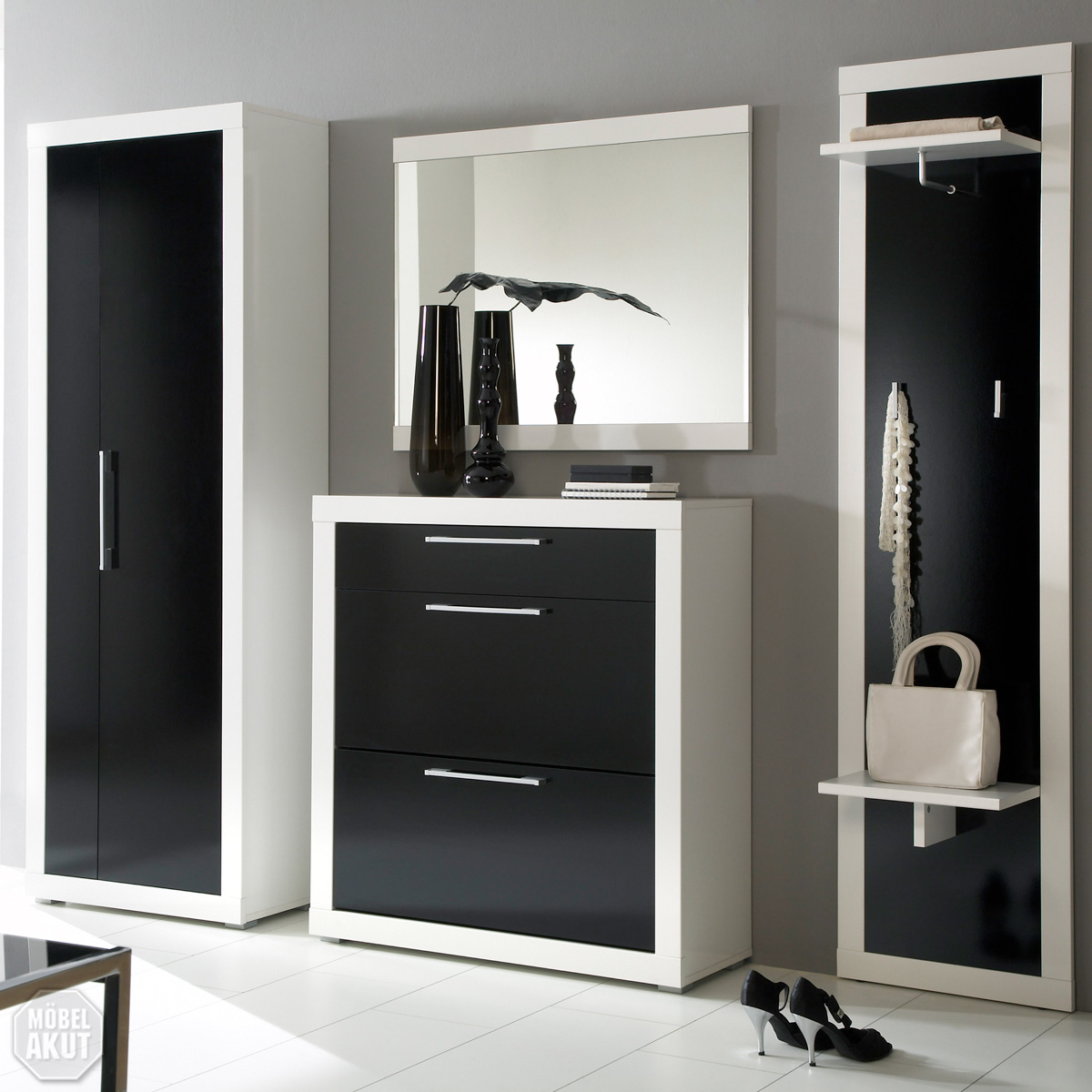 garderoben set beco in wei schwarz hochglanz. Black Bedroom Furniture Sets. Home Design Ideas