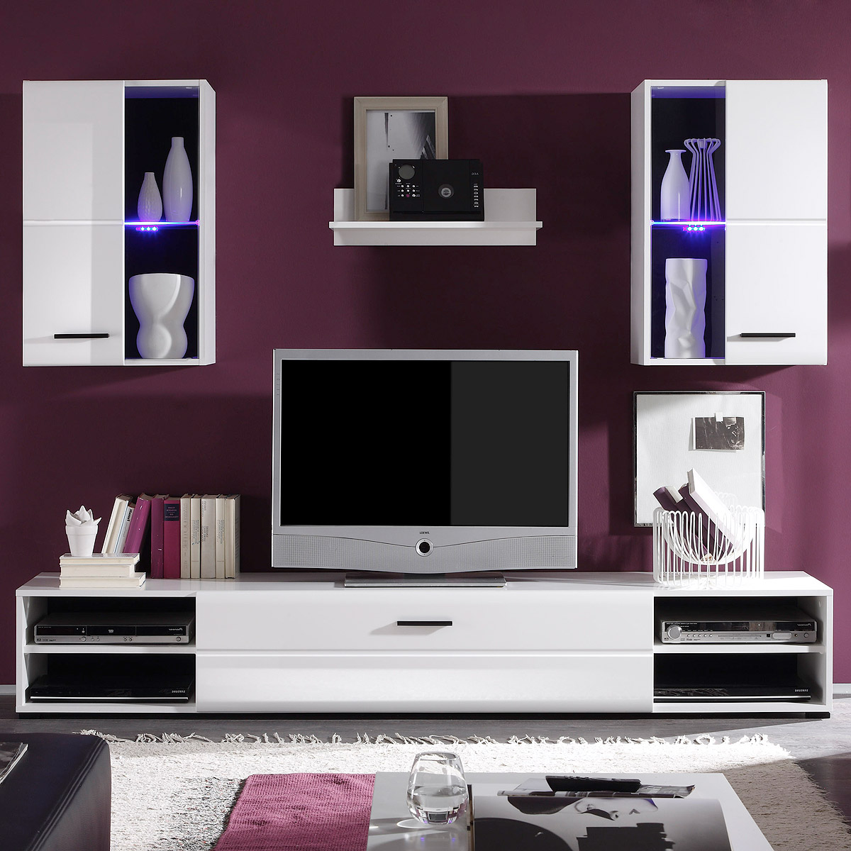 wohnwand final lux anbauwand wohnzimmer schrankwand in wei vitrinen mit led eur 139 95. Black Bedroom Furniture Sets. Home Design Ideas
