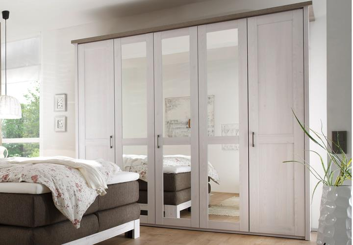 Bett Nako Rom : Schlafzimmer luca nevada boxspringbett kleiderschrank nakos pinie