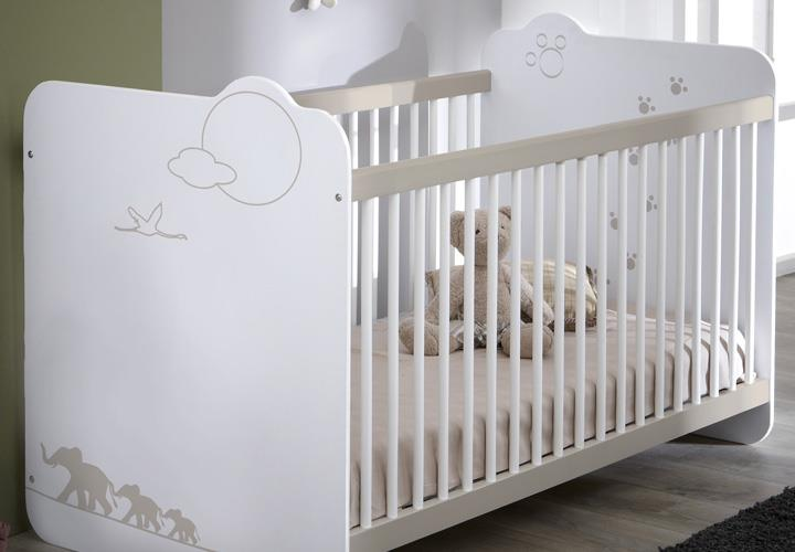 babybett jungle kinderbett sprossenbett bett in wei mit dschungelmotiv ebay. Black Bedroom Furniture Sets. Home Design Ideas
