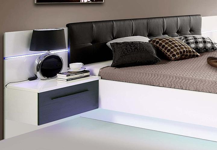 schlafzimmer dachschr ge farblich gestalten. Black Bedroom Furniture Sets. Home Design Ideas