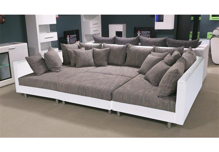 Wohnlandschaft claudia ecksofa couch xxl sofa mit ottomane for Xxl wohnlandschaft leder ottomane
