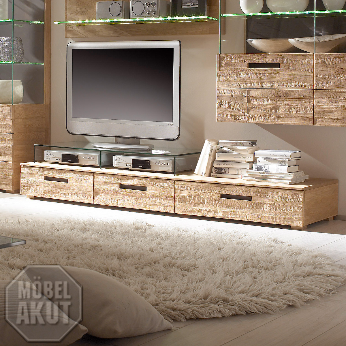 tv lowboard amor fronten in eiche spaltholz massiv neu. Black Bedroom Furniture Sets. Home Design Ideas