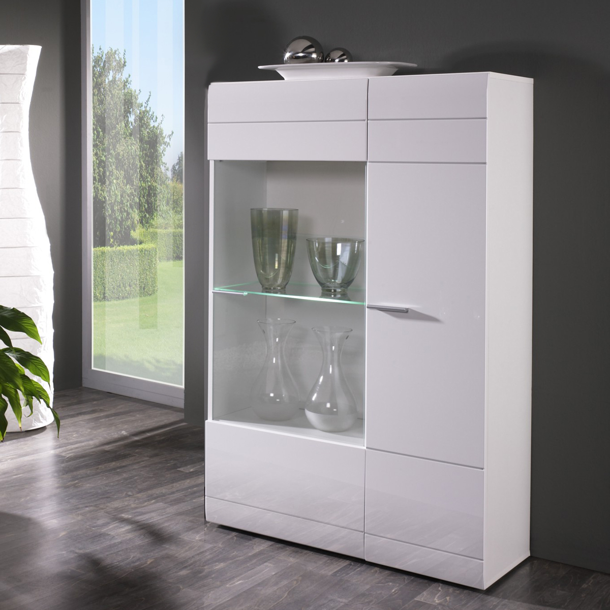 vitrine rechts carero kleiner wohnzimmer schrank wei. Black Bedroom Furniture Sets. Home Design Ideas