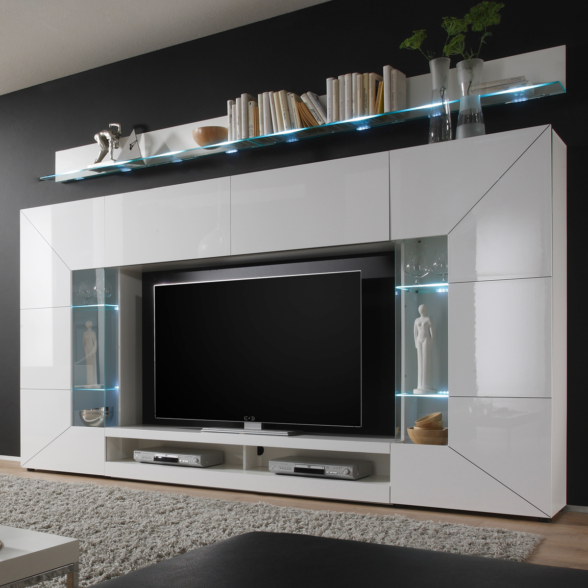 wohnwand mediawand 2e wei hochglanz mit tv lowboard 2 vitrinen 2 wandboards ebay. Black Bedroom Furniture Sets. Home Design Ideas
