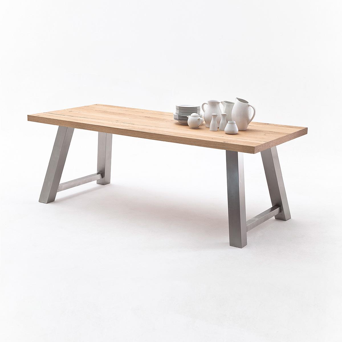 Tisch 1 alvaro esstisch in eiche natur massiv edelstahl for Esstisch eiche natur