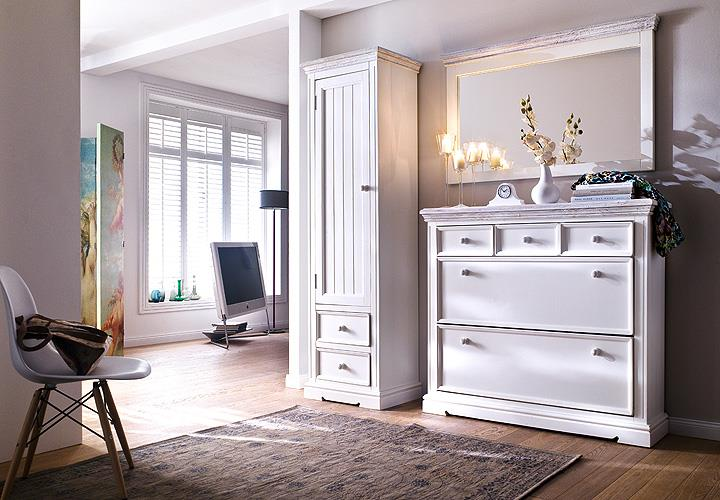schuhschrank 2 opus garderobe schuhkommode in kiefer massiv wei vintage. Black Bedroom Furniture Sets. Home Design Ideas