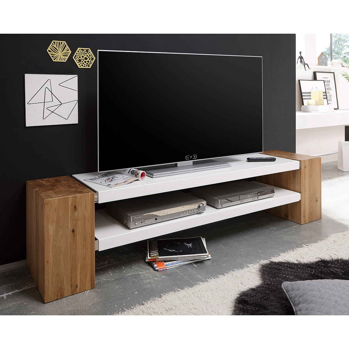 tv rack mit r ckwand. Black Bedroom Furniture Sets. Home Design Ideas