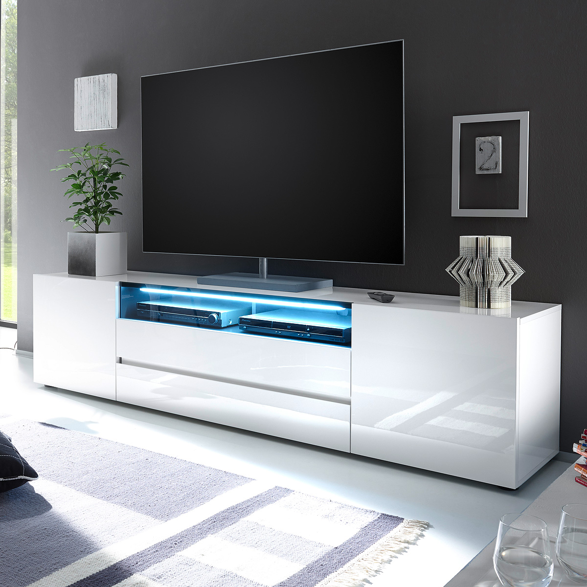 tv board vicenza lowboard unterschrank in wei hochglanz lackiert 203 cm ebay. Black Bedroom Furniture Sets. Home Design Ideas