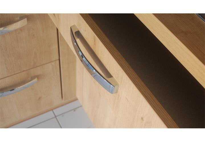 Einbauküche Nobilia Ausstellungsküche Küche in schwarz Hochglanz ...