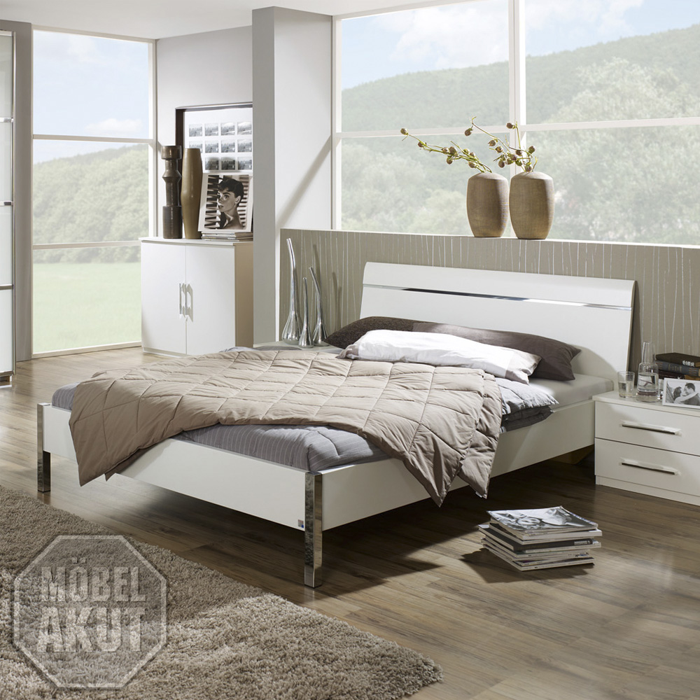bett perfora schlafzimmerbett doppelbett in wei chrom. Black Bedroom Furniture Sets. Home Design Ideas