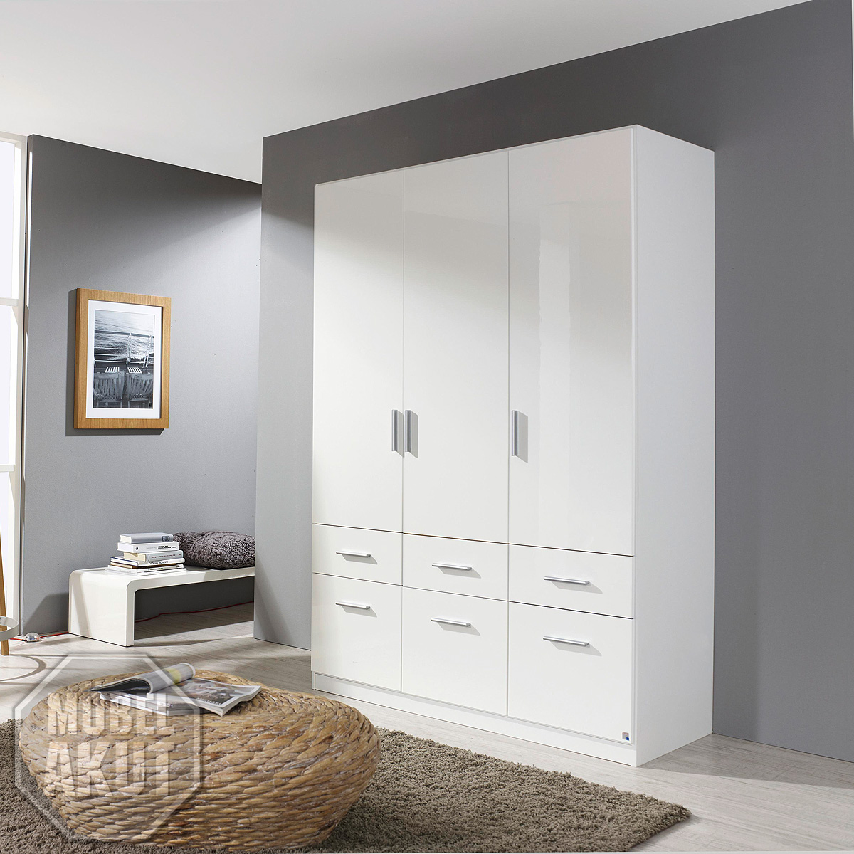 kleiderschrank celle schrank dreht renschrank in wei hochglanz 136 cm ebay. Black Bedroom Furniture Sets. Home Design Ideas