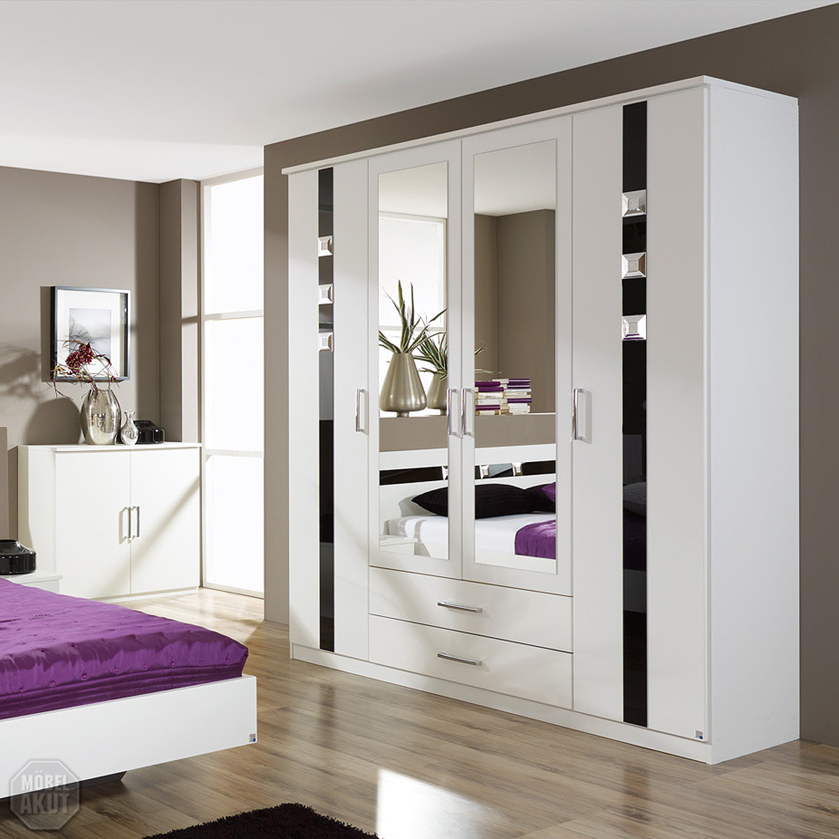 kleiderschrank tours schrank schlafzimmerschrank wei schwarz glas strass ebay. Black Bedroom Furniture Sets. Home Design Ideas