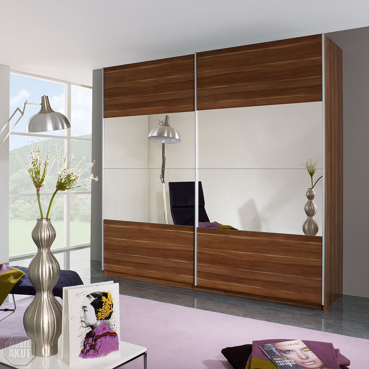 schwebet renschrank beluga base schrank kern nussbaum mit. Black Bedroom Furniture Sets. Home Design Ideas