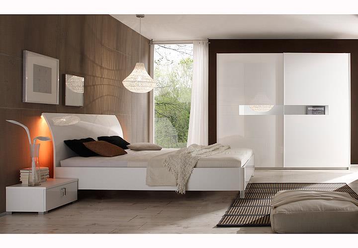 Schlafzimmer-Set 1 Lidia Kleiderschrank Nakos Bett weiß Hochglanz ...