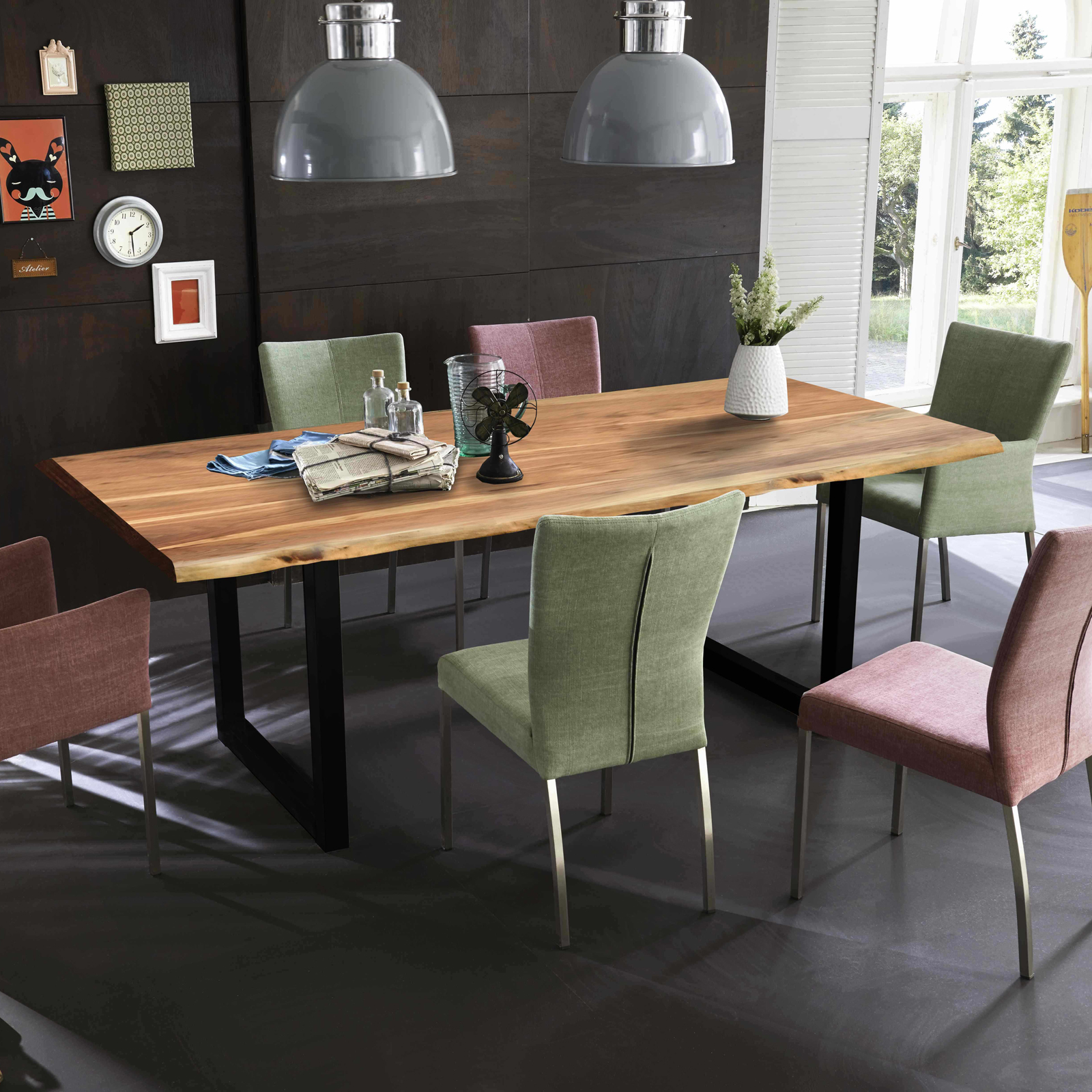 esstisch tops tables eisengestell antikschwarz tischplatte akazie massiv 180 eur 399 95. Black Bedroom Furniture Sets. Home Design Ideas