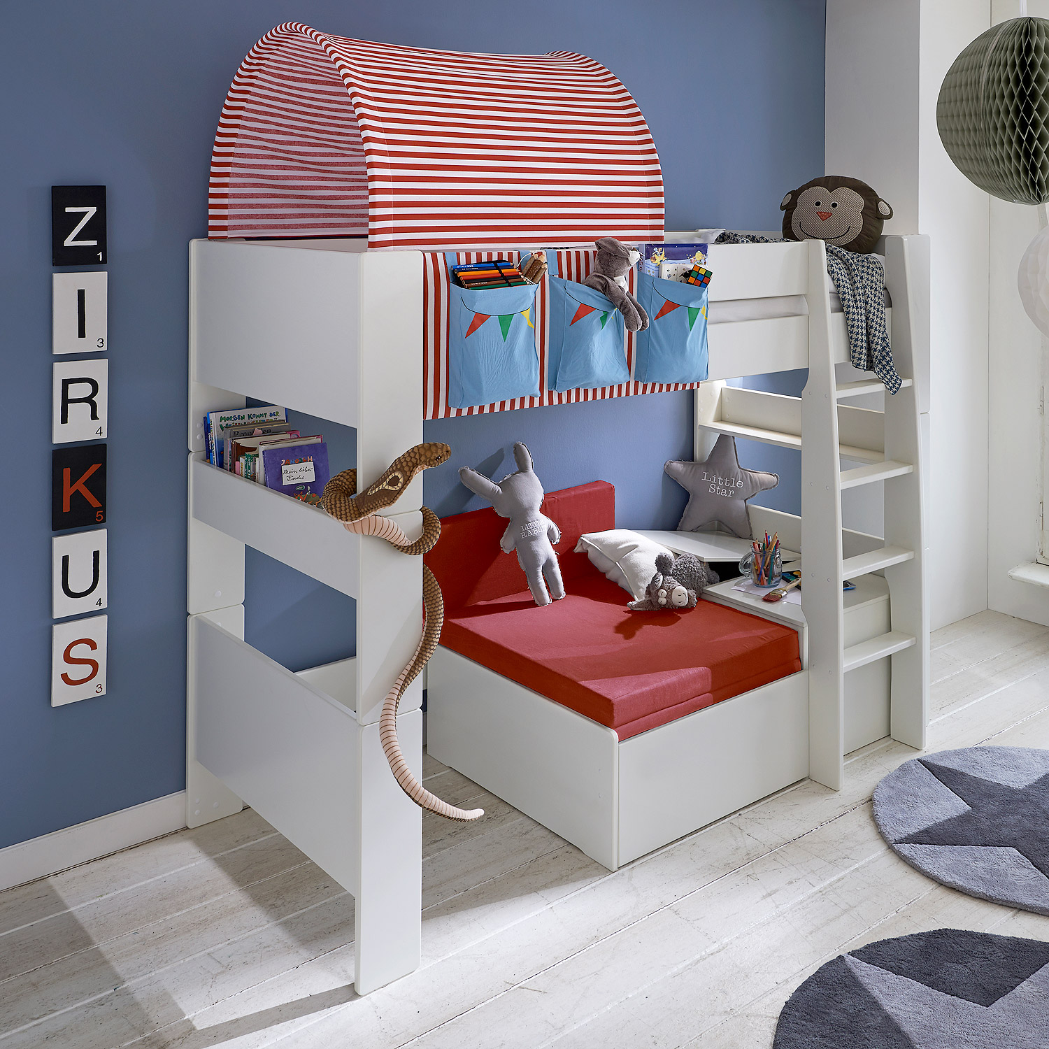 hochbett steens for kids bett wei vorh nge taschen. Black Bedroom Furniture Sets. Home Design Ideas