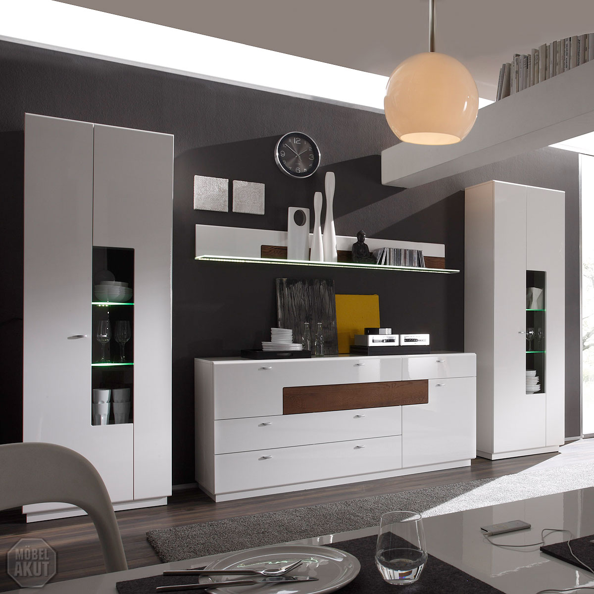 wohnkombi jolie wohnwand anbauwand wei hochglanz eiche. Black Bedroom Furniture Sets. Home Design Ideas