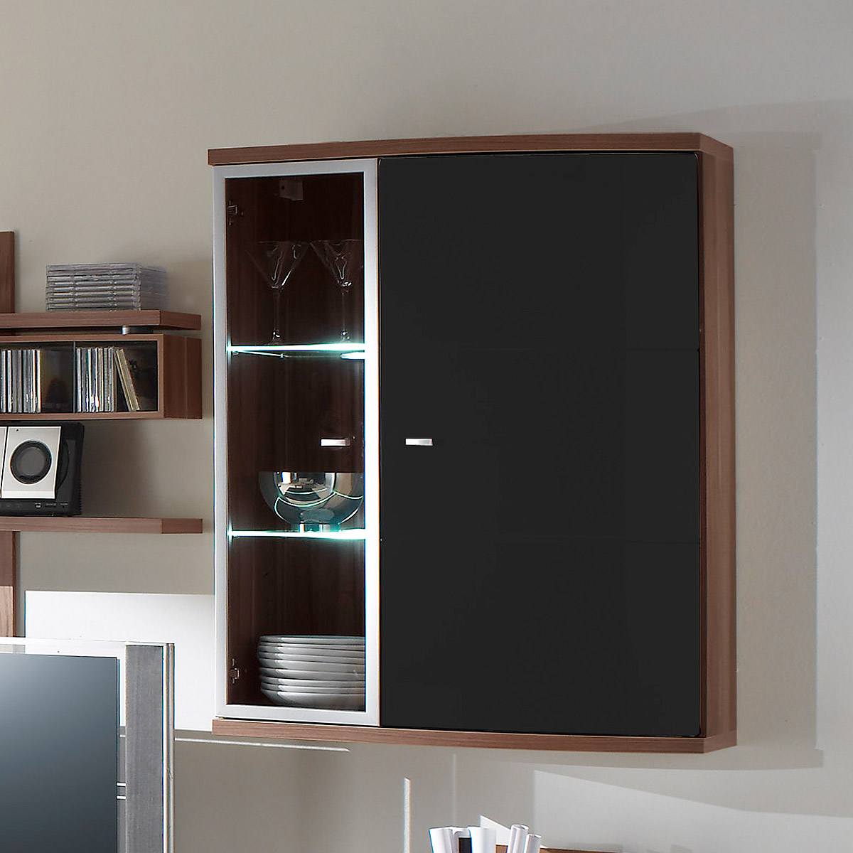 h ngevitrine kentucky vitrine kernnussbaum schwarz. Black Bedroom Furniture Sets. Home Design Ideas