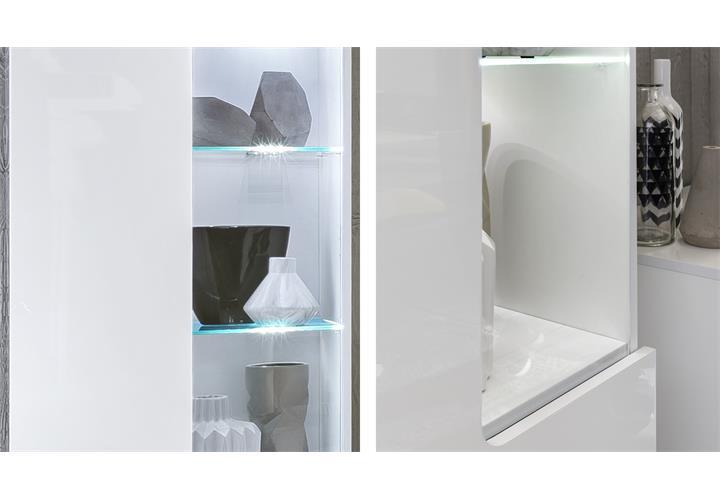 vitrine leo in wei hochglanz mit led vitrinenschrank glasvitrine wohnzimmer ebay. Black Bedroom Furniture Sets. Home Design Ideas